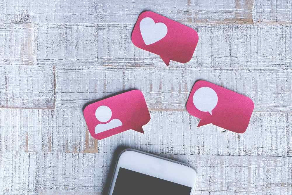 communauté fidèle réseaux sociaux
